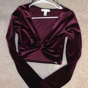 Deep burgundy long sleeve crop top